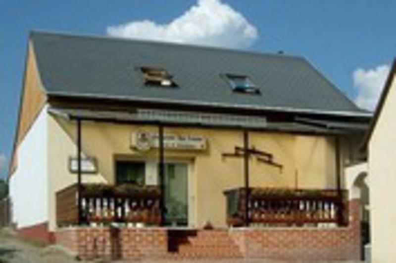 Details zum Artikel - [Ferienwohnungen] Gasthof Zur Tränke Zimmersuche24